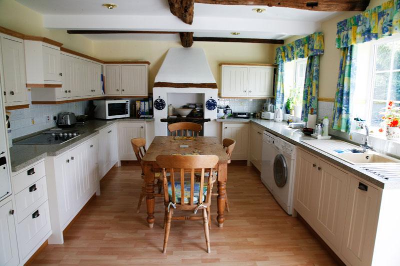 Kitchen overhaul by Mark Williamson Kitchens